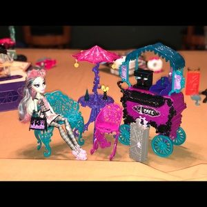 Monster High Scaris Cafe
